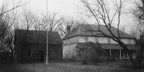 Intimate Paranormal Investigation - Seven Oaks House