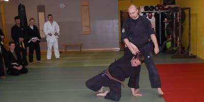 Selbstverteidigung Grundausbildung 9-16 Jahre