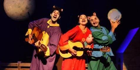"""50% de Desconto! Espetáculo infantil """"Os Três Porquinhos"""" no Teatro Folha"""