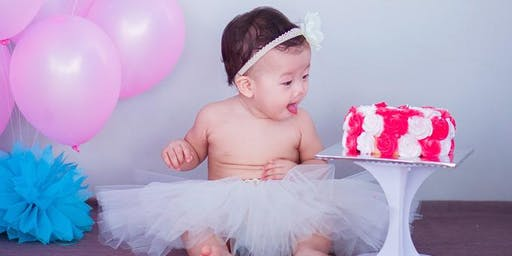 Creative family portraits | Cake smashing with Esther Ling
