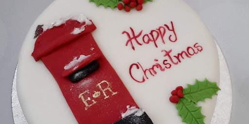 Creating Your Luxury Christmas Cake