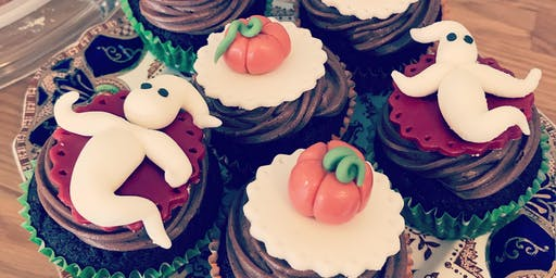Halloween cupcake decorating for kids (age 9+)