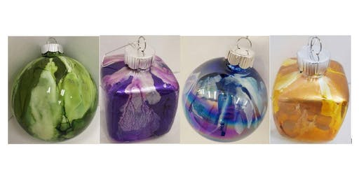 Sip & Paint: Christmas Ornaments
