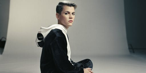 Kaki King at Arden Gild Hall