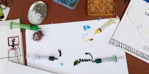 Disegnare con una siringa (senza ago però!) | laboratorio creativo