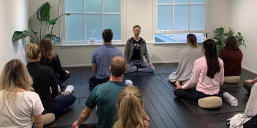 Meditation: your mini holiday - with Roel Wilbers - lululemon Amsterdam
