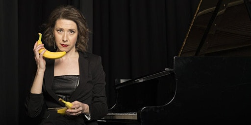 """Sarah Hagen in """"Perk up, Pianist!"""""""