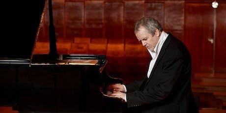 Swedish Pianist Niklas Sivelov tickets