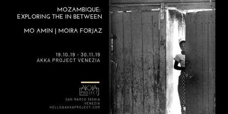 Mo Amin and Moira Forjaz | Mozambique: Exploring the In Between biglietti