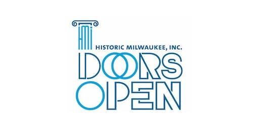 FREE OUTDOOR YOGA: Doors Open Milwaukee + MKE Yoga Social