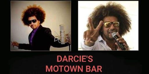 A night with Oscar Roots at Darcies Motown Bar