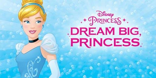 Meet Princess Elsa And Cinderella At Yu Kids Back to School Bash