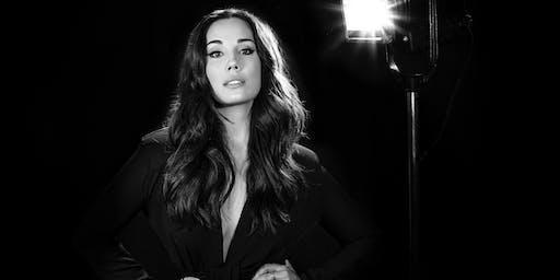 """Myra Ruiz apresenta: """"Depois que a Cortina Fecha"""""""