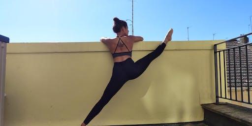 Ashtanga Vinyasa yoga @yogawitholive