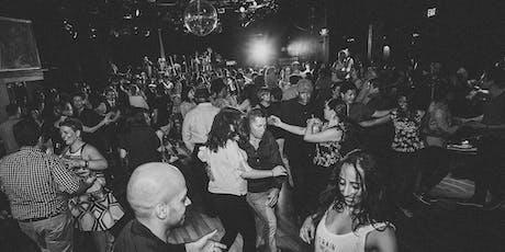 Orq. JULIO BRAVO - Live Salsa, Bachata y Mas - Dance Lessons 8p tickets