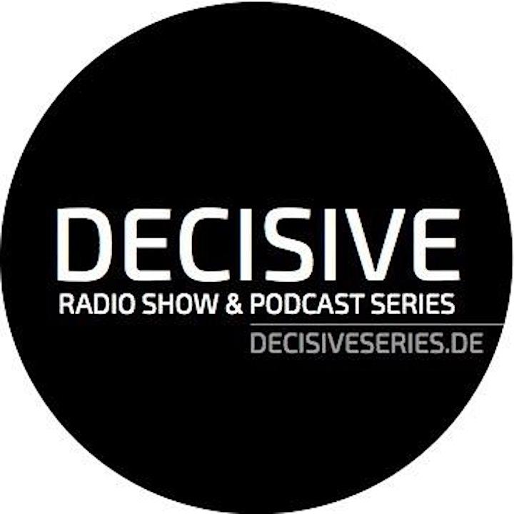 1 Year Decisive Radio Celebration: Bild