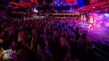 Live Music at Joe's Bar - Chicago