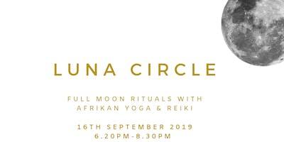 LUNA CIRCLE