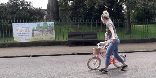 Learn to cycle for families at Birkenhead Park