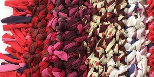 Taller de Arte Textil  para adultos sobre el trabajo urbano con Águeda León