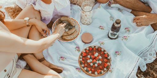 Gather Your Tribe: A Picnic For Expectant Parents