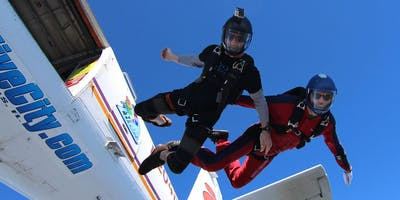 Skydiving with Friends of Internationals