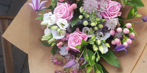 Prosecco and Posy Workshop