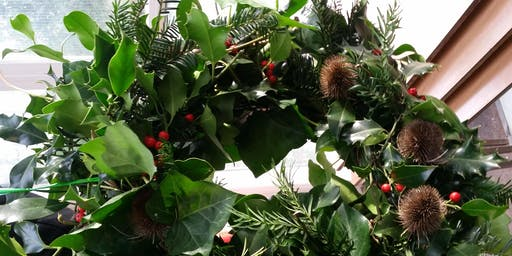 Natural Festive Wreath Making