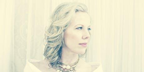 Caroline Oltmanns, Piano tickets