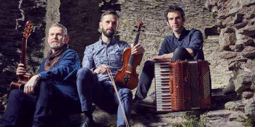 From Wales the Award winning Folk Band - ALAW