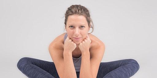 Yin YogaTraining Myofascial release, Myoyin & Spine anatomy with Franziska