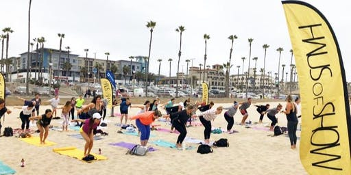 Beach Yoga // Coastal Clean Up Supporting Surfrider Foundation