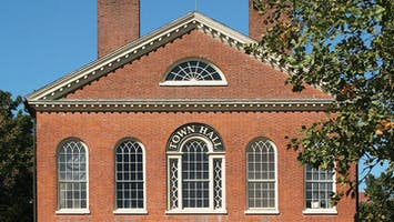 """""""Salem 101: General History Tour"""""""