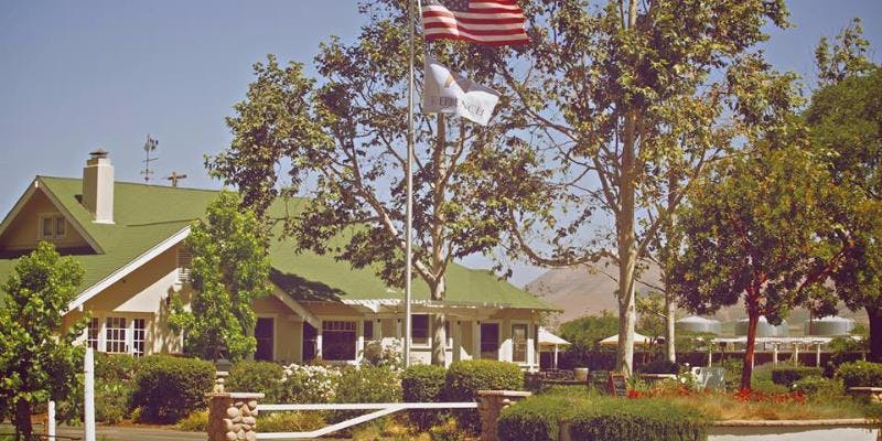 Veterans Day at the Vineyard complimentary wine tastings