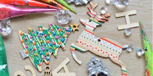 Wooden Christmas Decoration Design Workshop