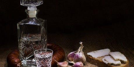 Dat is typisch Osteuropa:  Essen wie beim Vati ohne Wodka-Flasche Tickets