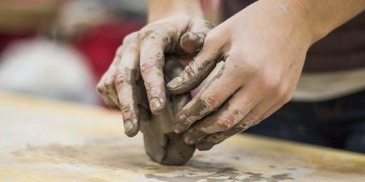 DAKworkshop: pottery hand building with Kivi