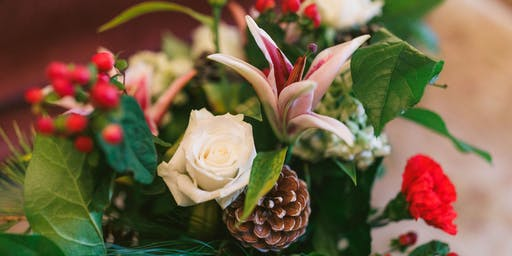 Candlelit Centerpieces: Floral Holiday Workshop at Christmas at Callanwolde