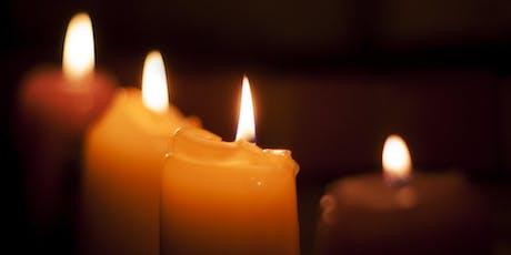 Beeswax Candle Dipping Course / Cwrs Trochi Canhwyllau Cŵyr Gwenyn tickets