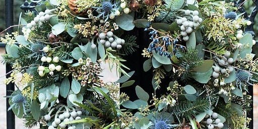 CHRISTMAS TRADITIONAL WREATH WORKSHOP