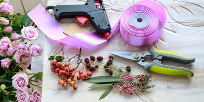 Petal Pushers: Corsage and Boutonniere Making - Las Vegas