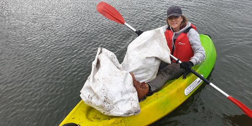 Werribee River Paddle Against Plastic
