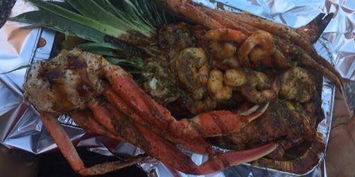 Crableg Pineapple Bowl at Carolina Food Truck Rodeo