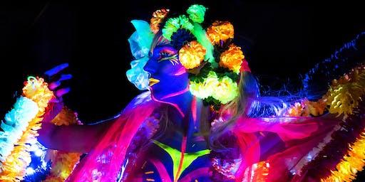 Royal Society Host Neon Naked Life Drawing // Dancing !!