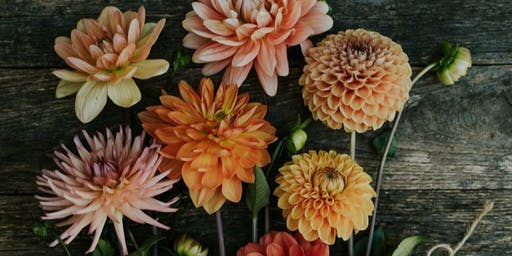 NOW SOLD OUT | Beginners Autumnal Hand Tied Bouquet Workshop