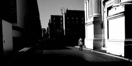 Introduzione alla Street Photography | Lezione Gratuita biglietti