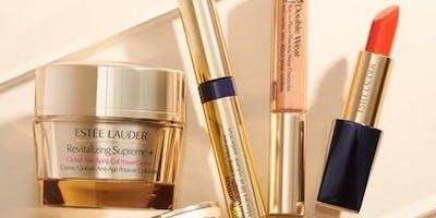 "Estee Lauder ""Whats in your Makeup bag?"" Event"