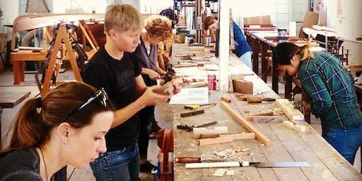 Atelier fabrication d'un banc de méditation en bois