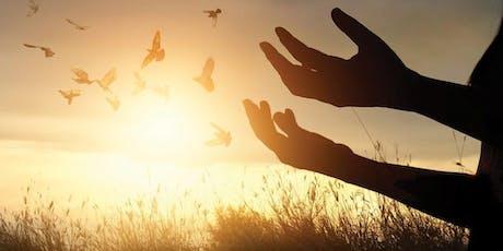 Découvrez la méthode de libération émotionnelle avec les  baguettes coudées billets