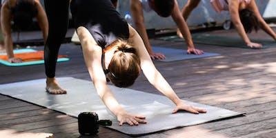 Yoga x Villa Vie I Frankfurt * bring a mat